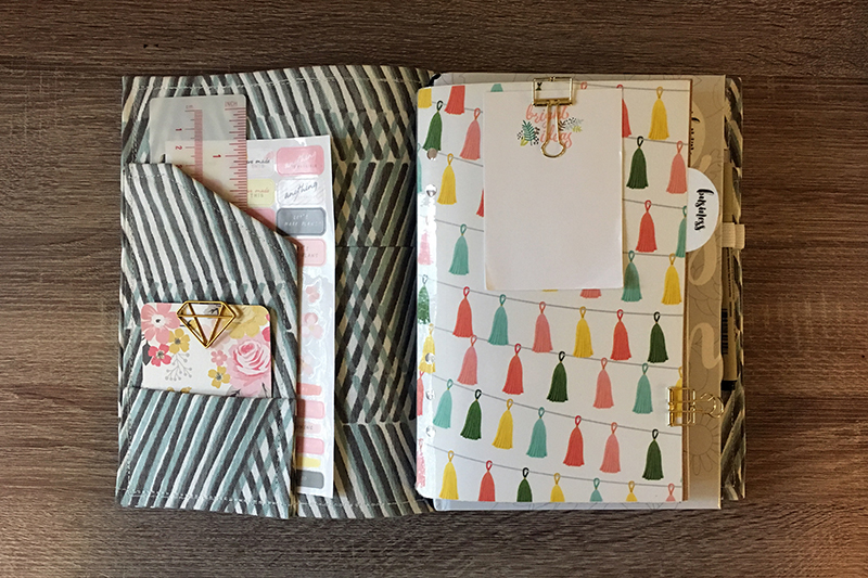 Make your own Travelers Notebook for cheap! A simple step by step guide tutorial to make a TN from a poly folder and fabric.